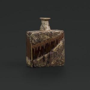Annikki Hovisaari, Kulmikas pullo, Arabia