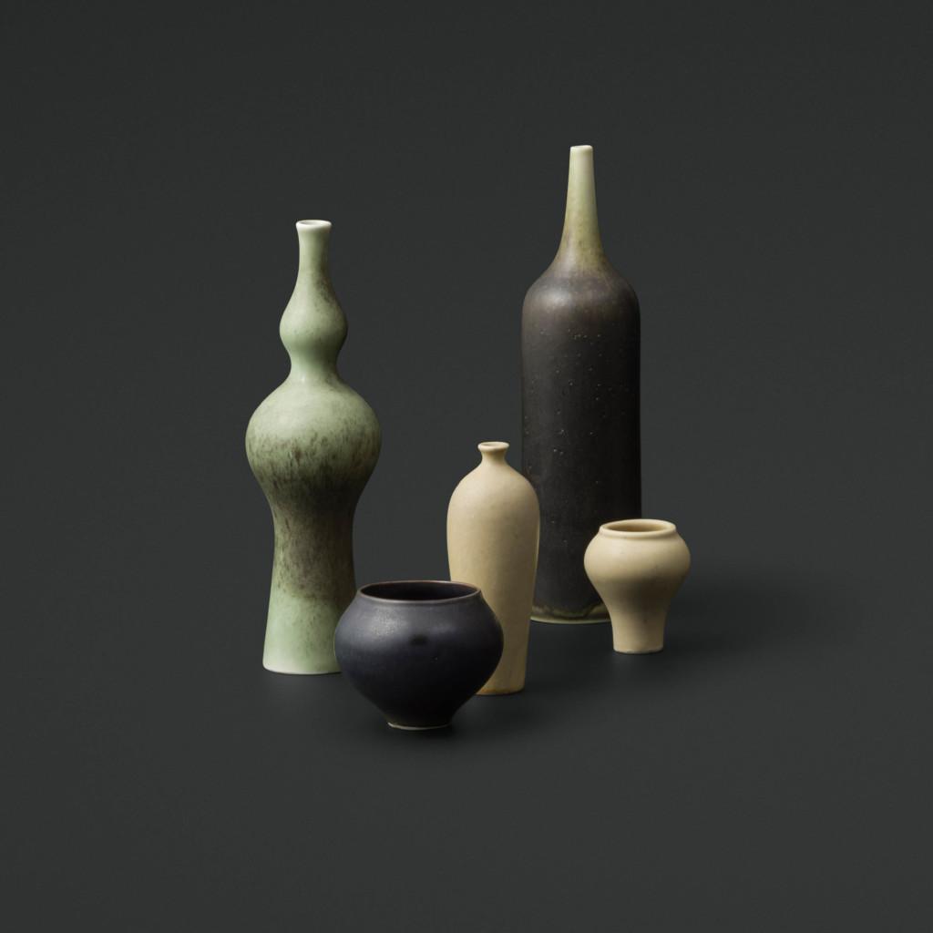 Annikki Hovisaari, Viisi miniatyyripulloa pienoissarjasta, Arabia