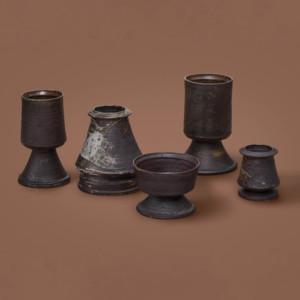 Kyllikki Salmenhaara, Viisi jalallista maljaa, maljakkoa ja pikaria, Arabia